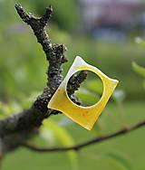 Prstene - Živicový prsteň žltý - 6828680_