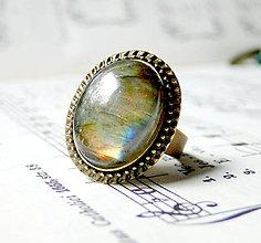 Prstene - Labradorite & Bronze / Prsteň s labradoritom v bronzovom prevedení - 6835073_