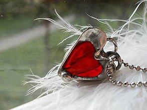 Náhrdelníky - Prívesok-sklenené srdiečko-tiffany - 6838392_