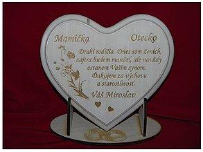 Darčeky pre svadobčanov - Poďakovanie rodičom lipové srdiečko + stojanček 8 - 6843939_