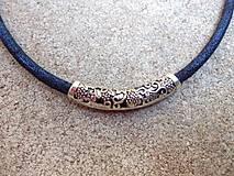 náhrdelník modrý s filigránom
