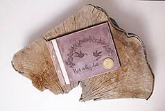 Svadobná kniha drevo, papier a koža