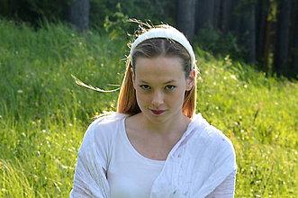 Ozdoby do vlasov - Snehobiela, hodvábna, ručne šitá ČELENKA. - 6858962_