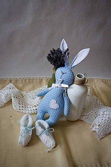 Hračky - Set zajac, hračka + kojenecké papučky - 6870000_