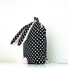 Detské tašky - RUKSAK zajačik od 2,5 r., čierno-ružový - 6877590_