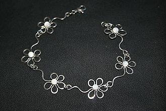 Náramky - Květinový náramek - 6876230_