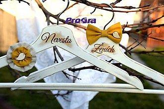 Nábytok - Svadobné vintage vešiačiky vtáčikové - horčicová - 6875266_
