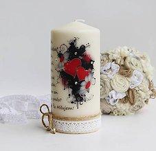 Svietidlá a sviečky - Dekoračná sviečka - láska - 6879148_