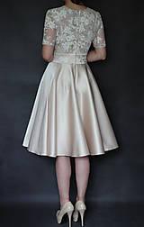Šaty - Koktejlové šaty z tylovej krajky a kruhovou sukňou - 6879479_