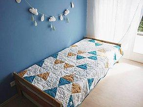 Úžitkový textil - Trojuholníkový chlapšenský prehoz - 6889132_