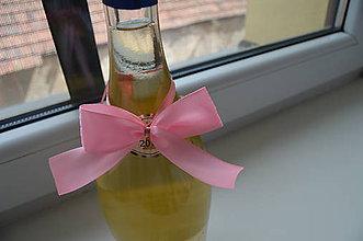Pierka - ružové mašličky na fľaše - 6889666_