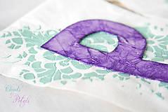 Dekorácie - Svadobný banner s iniciálami a srdiečkom - fialová vintage svadba - 6889848_