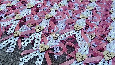 Pierka - Svadobné pierka písmenkové s čipkou - 6893215_
