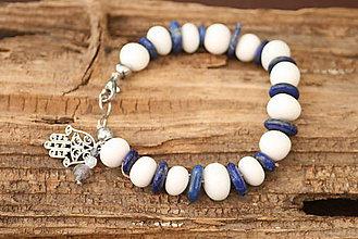 Náramky - Boho náramok biely korál a lapis lazuli - 6895260_