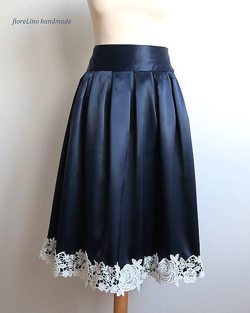 elegantná sukňa s čipkou