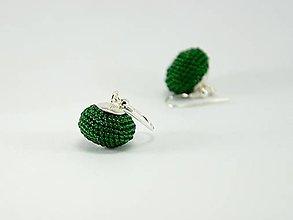 Náušnice - Háčkované korálkové náušnice Lentilky emerald - 6895530_