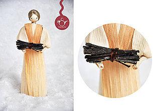 Bábiky - Bábika s drevom - 6893475_