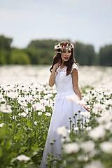 Šaty - Svadobné šaty v ľudovom štýle z kvietkovanej hrubej krajky - 6904758_