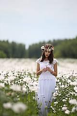 Šaty - Svadobné šaty v ľudovom štýle z kvietkovanej hrubej krajky - 6904760_