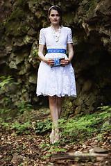- krátke spoločenské šaty ,,Bonjour broderie,, - 6908153_