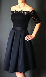 Šaty - Spoločenské šaty s holými ramenami a skladanou sukňou rôzne farby - 6907508_