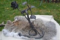 - Kovaná ruža so stojanom - 1058283