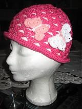 Detské čiapky - Háčkovaný klobúčik s motýľmi - 1163365