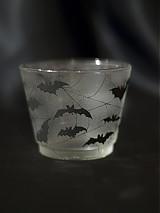 Svietidlá a sviečky - Svietnik na čajovú sviečku - Bats silhouettes - 1220537
