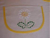 Detské oblečenie - Malá kvetinka v kuchyni - 1392108