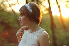 Ozdoby do vlasov - Biela vintage čelenka s perlami - 1443082