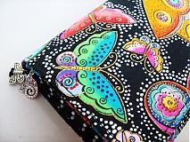 Peňaženky - Na křídlech motýlů -menší prostorná,na karty a 2 měny - 1557001
