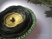 Odznaky/Brošne - Brošňa ... zelená ... - 1581055