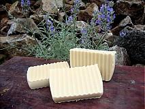 - Prírodné olivové mydlo s čerstvým kozím mliekom a levanduľou - 1652209