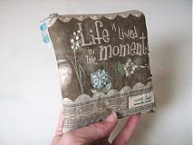 Taštičky - Život žijeme v momentech - Andělínčina kapsička - 1903496