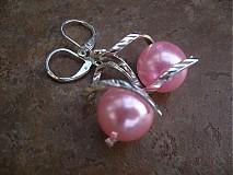 Náušnice - Točí sa mi točí (ružová akryl) - 1920465