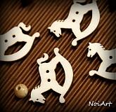 Materiál ručne robený - Drevený gombíček koník 2,6 cm - 2010872