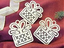 Dekorácie - Set vianočných ozdôb - Tri darčeky (T8) - 2019682