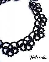 čierny frivolitkový náhrdelník
