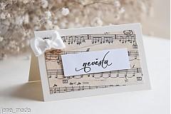 Papiernictvo - svadobná menovka s notovým motívom a mašličkou - 2159001