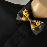 - Motýlek - okrový - 2172171