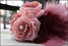 Ozdoby do vlasov - ružová s pierkami - 2173669