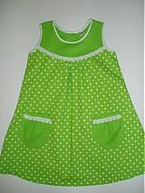 Detské oblečenie - Zelené bodkované šatôčky v.110 - zľava!! - 2186315