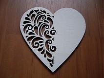 Materiál ručne robený - Drevené srdce - ornament - 2225617