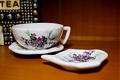 Nádoby - Šálka s podšálkou na čaj - fialky - 2256642