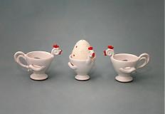 Nádoby - Slepička - stojánek na kraslici bílá s červeným hřebínkem - 2308355
