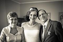 Čelenky - svadobný závoj na čelenke s hodvábnym kvietkom  - 2329266