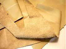Suroviny - Kůže 1 mm - béžová, 100 g - 2337521