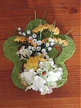 Dekorácie - Jarný kvietok s lienkou - 2338102