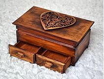 Krabičky - Zahorelá láskou - 2357177