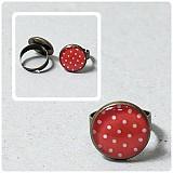 Bielo - červený bodkovaný Prstienok